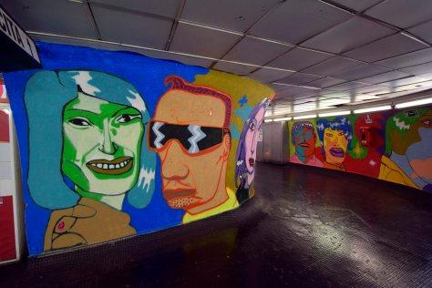 Metro Spagna. Murale di Popay